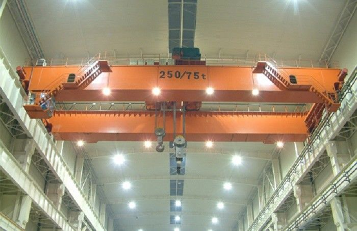 Double Beam Travelling Overhead Crane EOT Crane With Hydraulic Brake