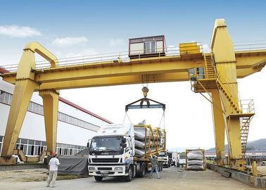 Heavy Duty Electric Double Girder Gantry Crane For Outdoor Loading And Unloading