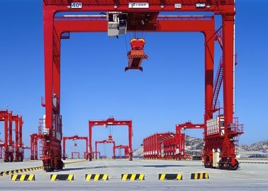 Mobile Rubber Tired Gantry Crane Double Girder , Container Handling Gantry Crane